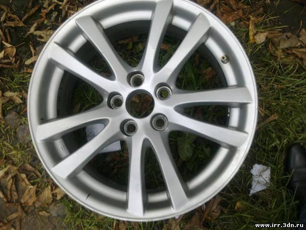 Продаю б/у литые диски в оригинанле R18 для Lexus IS 250
